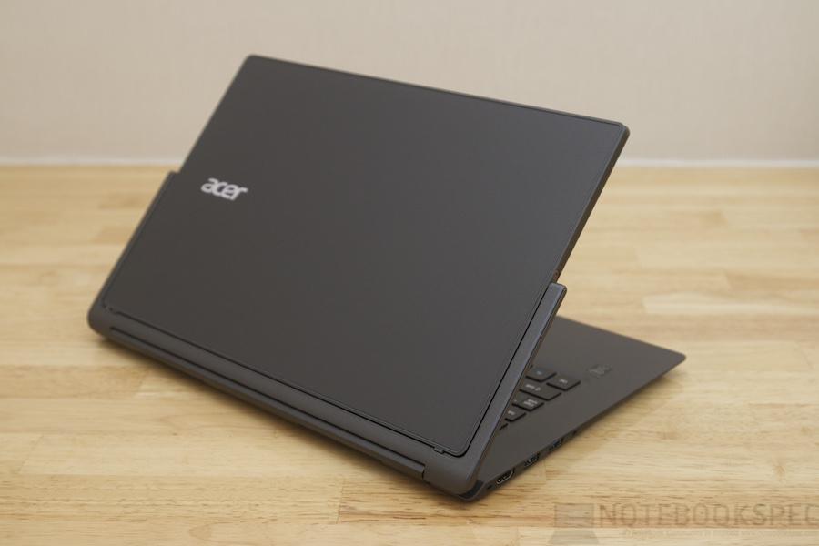 Acer Aspire R13 Review 010