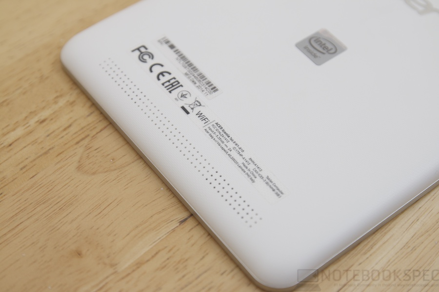 Acer ICONIA Tab 8 Review 006