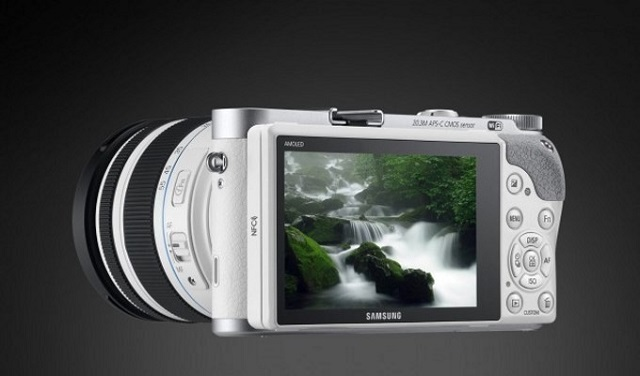 NX500 Tizen Camera 01 600