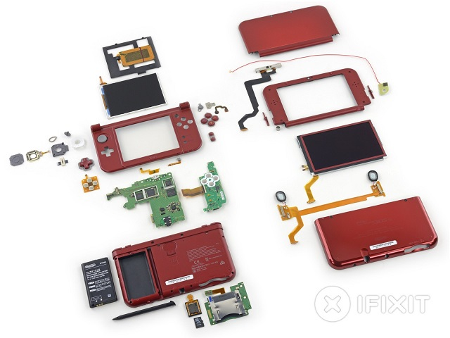 Nintendo 3DS XL 2015 teardown 03 600