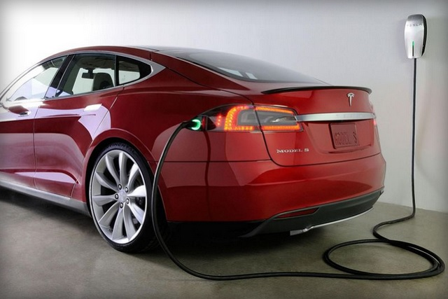 Tesla will unveil a new kind of battery 600