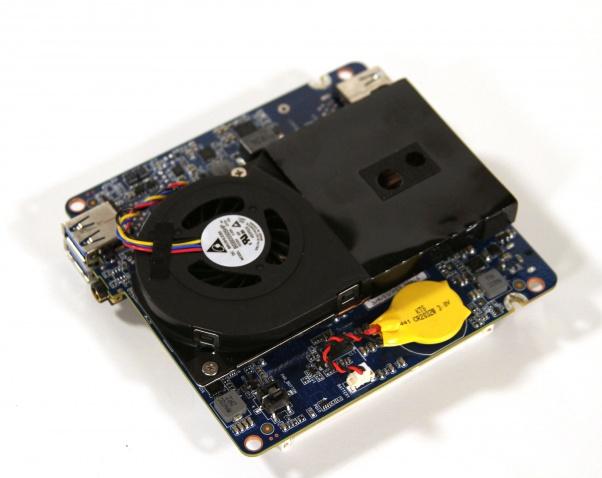 gigabyte-brix (7)