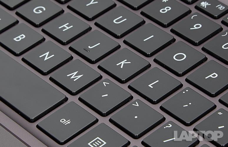 ASUS ZenBook UX305 (5)