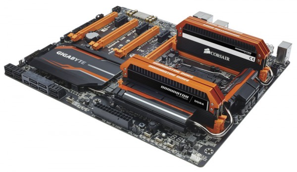 Corsair Dominator Platinum DDR4 3400MHz (2)