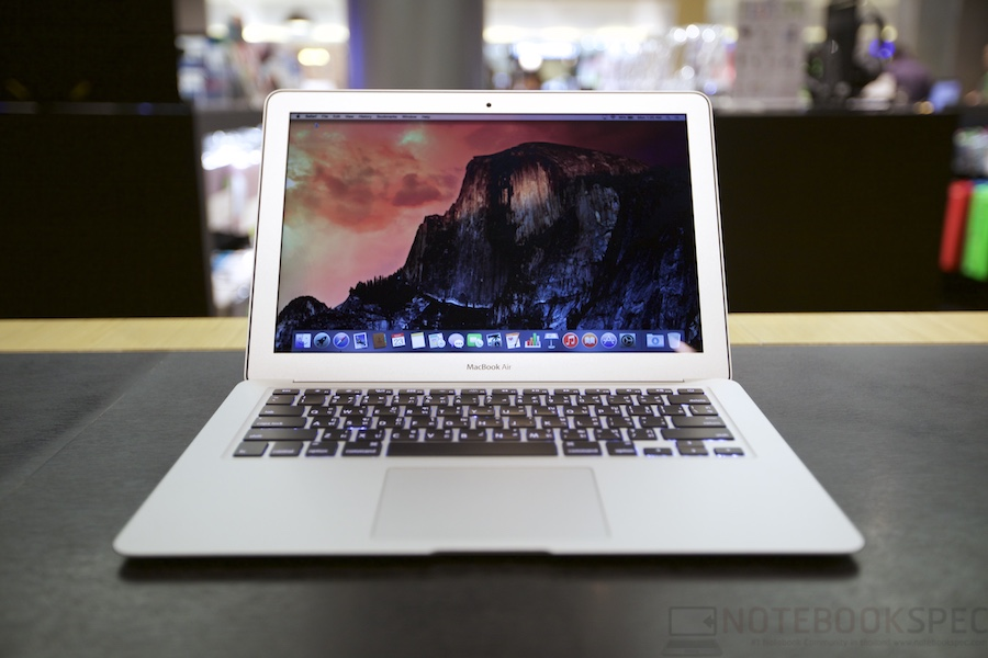 MacBook Air 2015 Review 003
