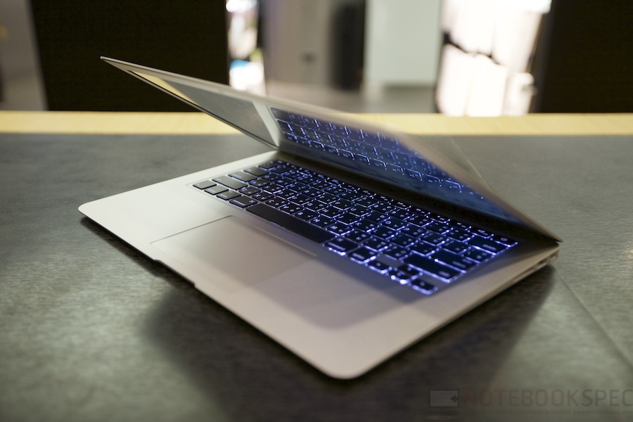 MacBook Air 2015 Review 029