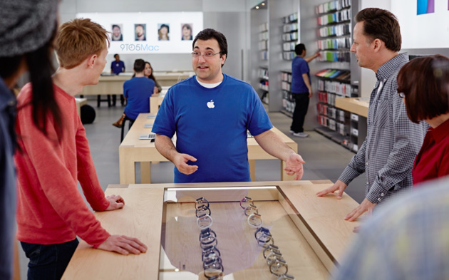 apple-store-watch-sales-9to5 600
