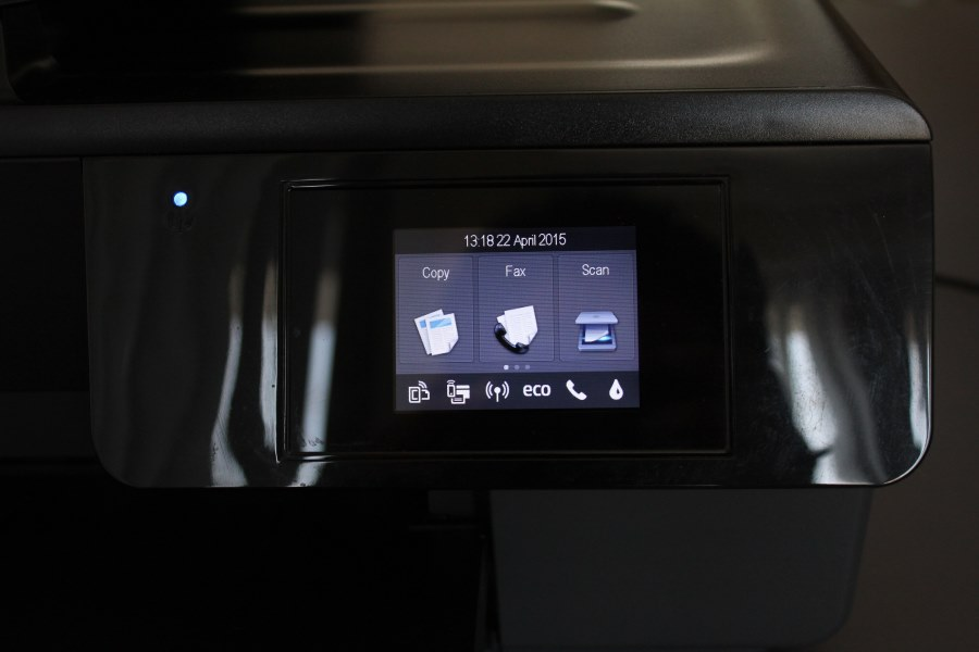 HP Officejet 6830 (1)