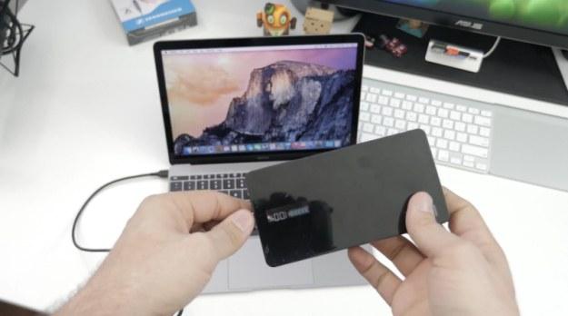 retina-macbook-external-battery-pack