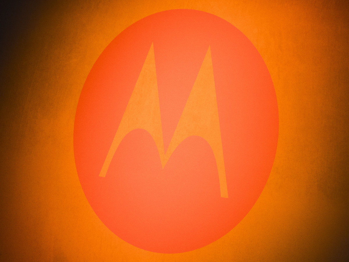 motorola-glowing-orange