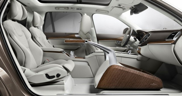 volvo-xc90-lounge-console 600 01