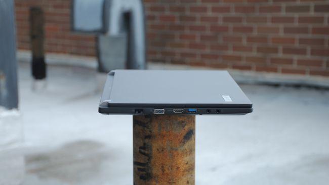 Acer TravelMate P645 (4)
