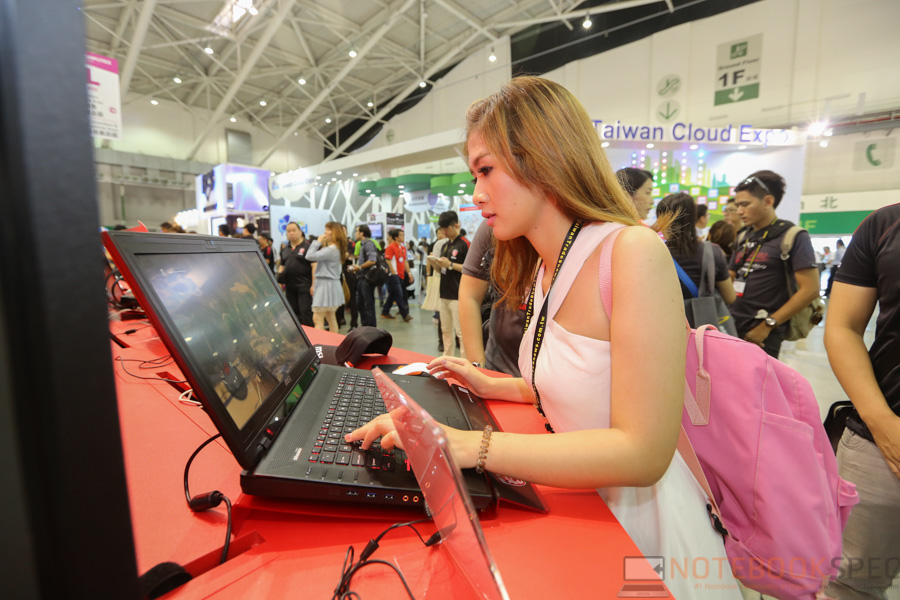 MSI Computex 2015 Notebook-51