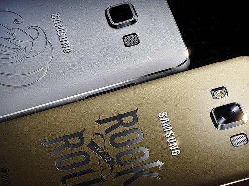 Samsung_Galaxy_A7_engrave 600