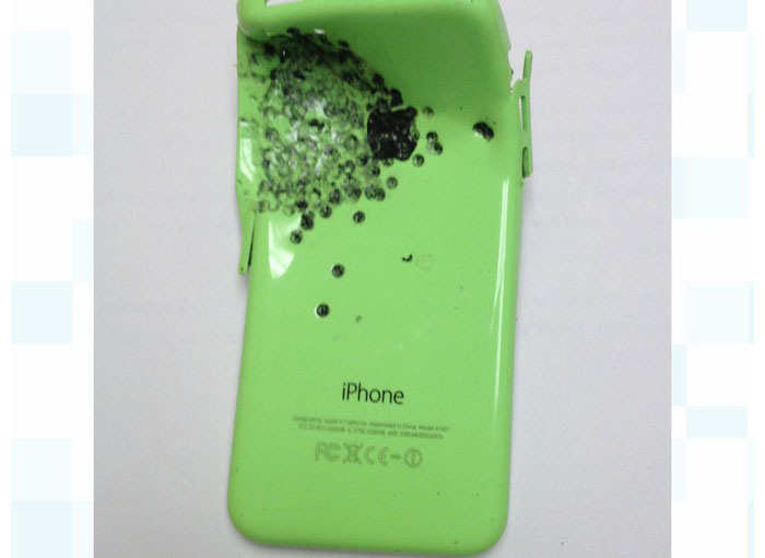 iphone5c saved gunshot victim lived 600