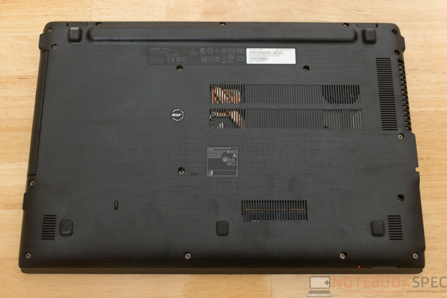 Acer Aspire E5 2015 Review-28