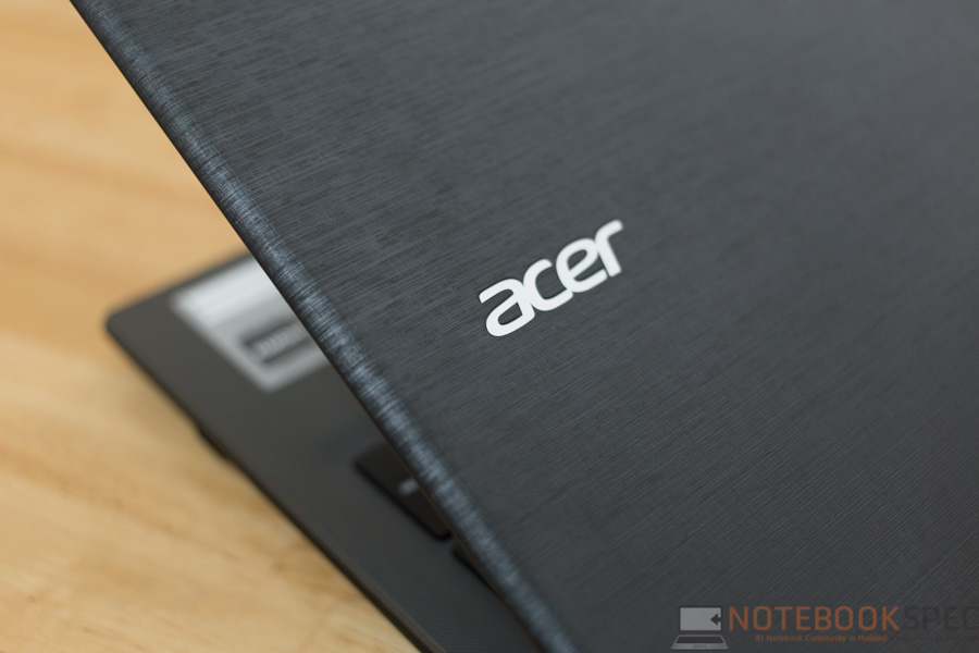 Acer Aspire E5 2015 Review-6