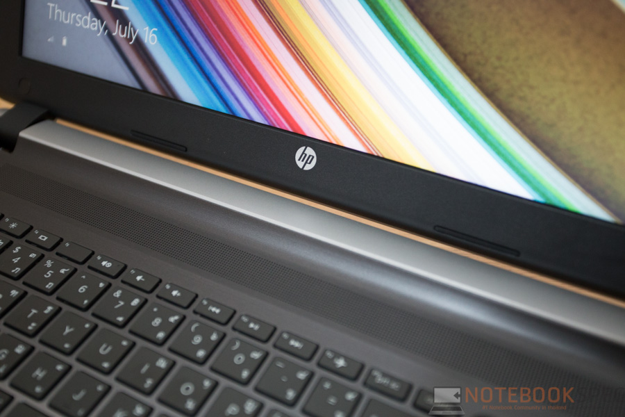 HP Pavilion 15 2015 AMD Review-14