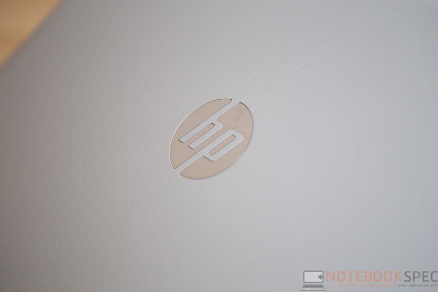 HP Pavilion 2015 14-ab004TX Review-13