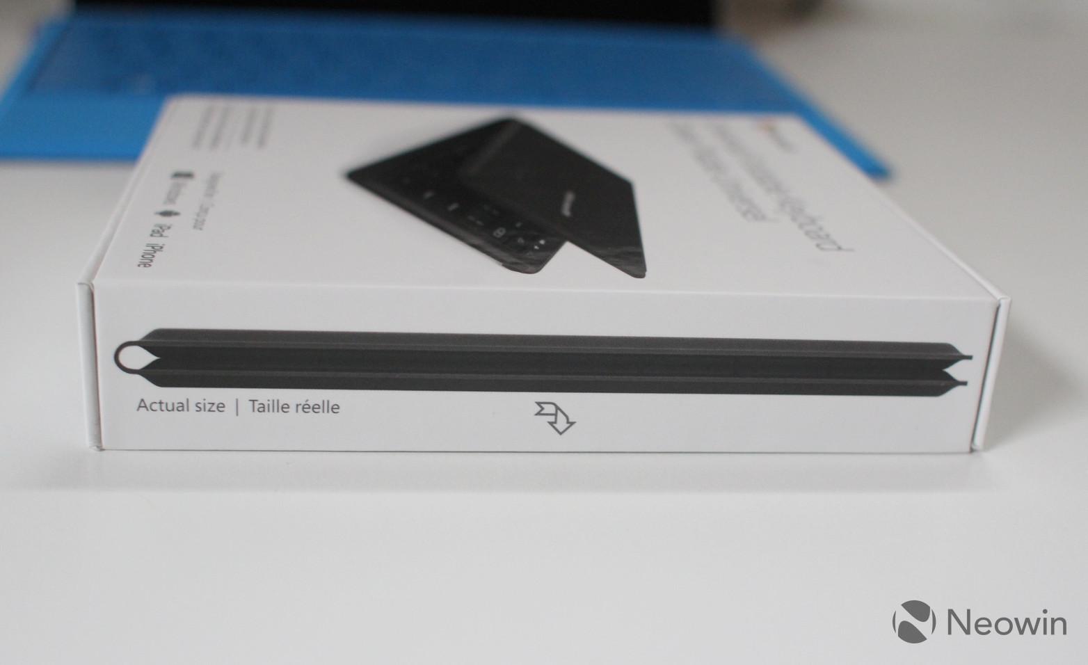 Microsoft's Universal Foldable Keyboard (3)