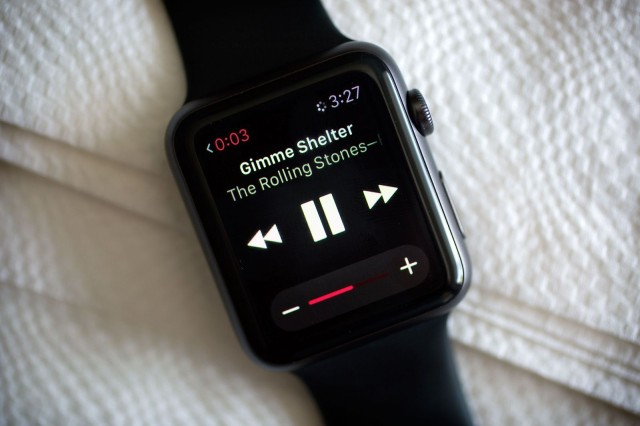 apple watch music stream 600