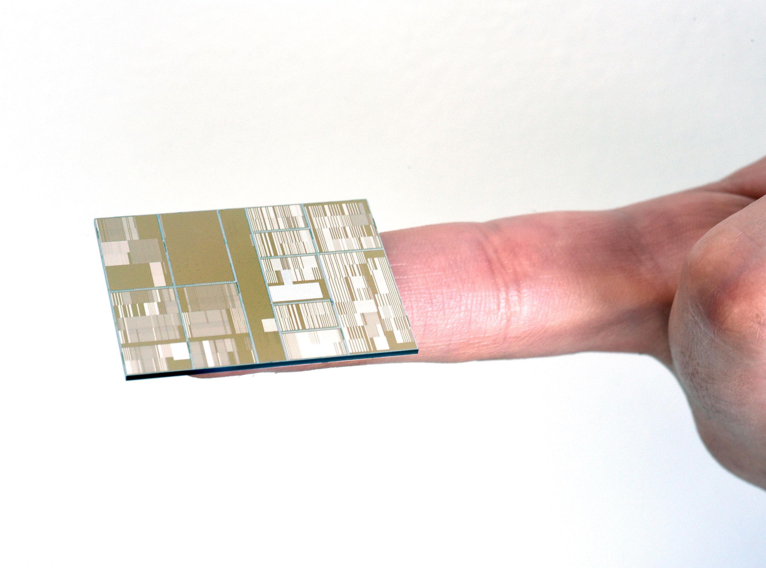 ibm-7nm-test-chip-lg 600
