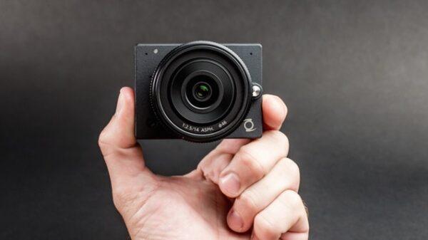 z e1 micro 4 3 interchangable lens camera 600
