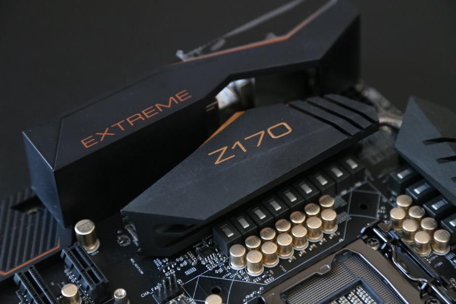 ASRock Z170 Extreme7+ (10)