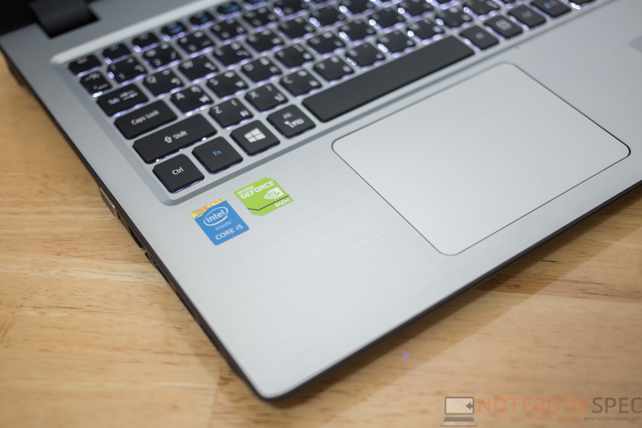 Acer Aspire V3-574G-570Q Review-13
