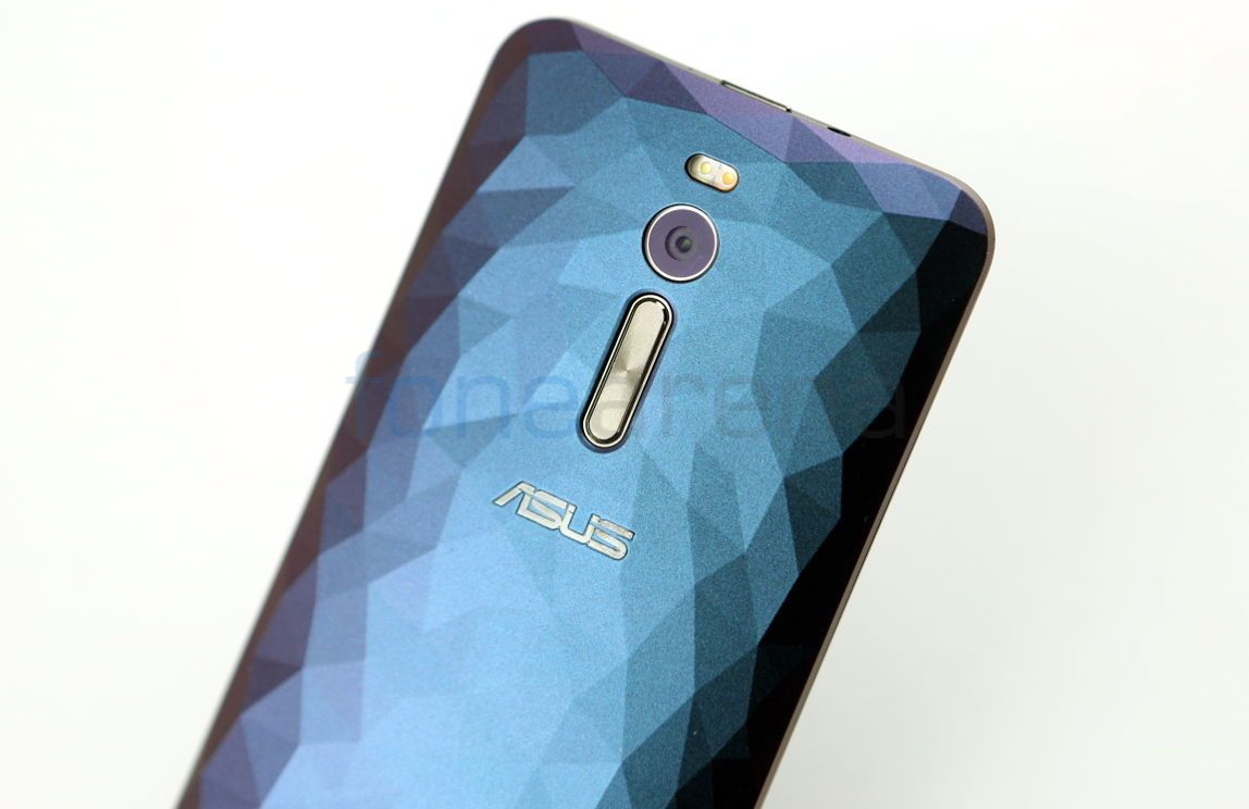 Asus-Zenfone-2-Deluxe-_fonearena-03