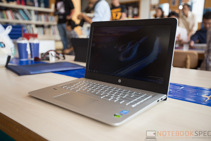 HP Pavilion X2 & Envy 2015 Hands-on-12
