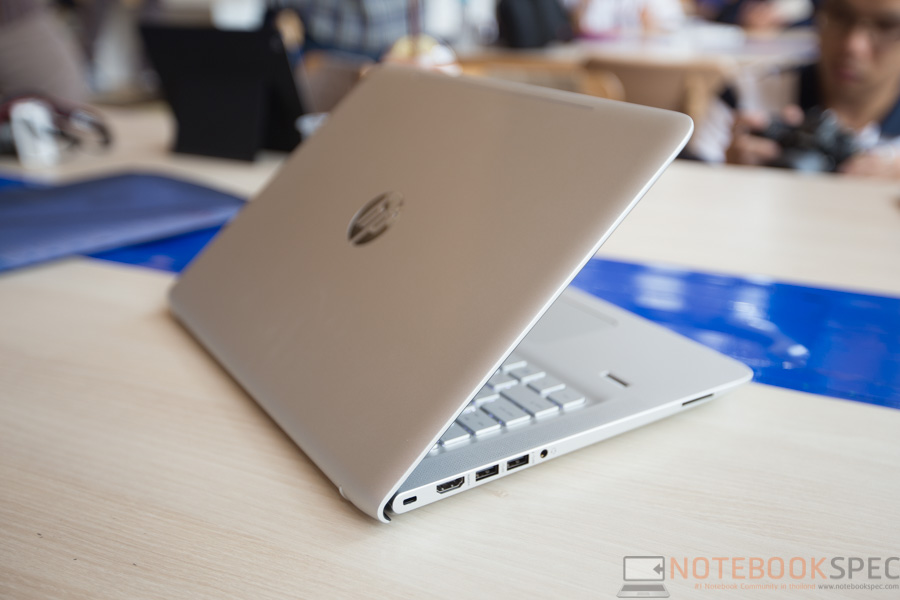 HP Pavilion X2 & Envy 2015 Hands-on-33