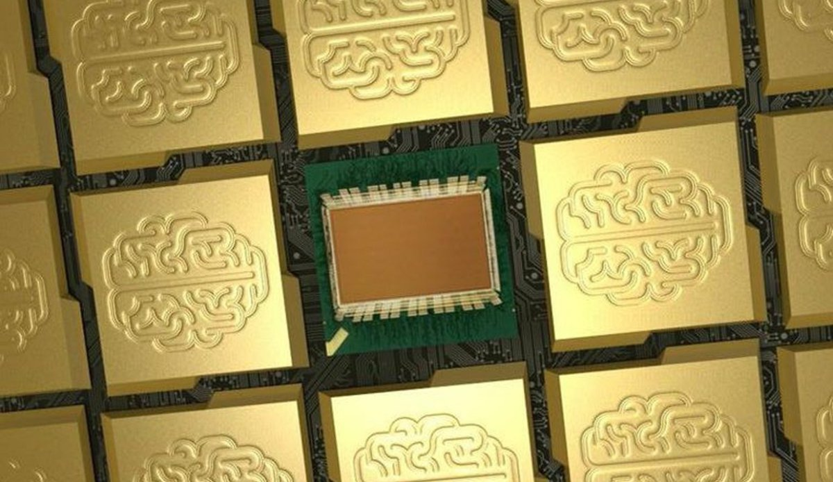 IBM-chip2 600 01