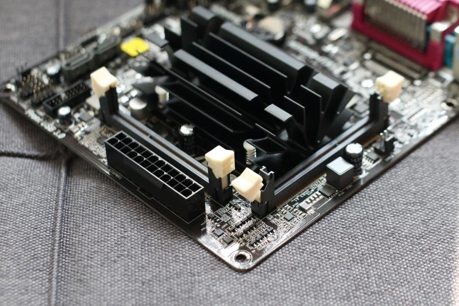ASRock N3150B-ITX (7)