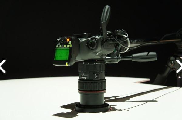 canon 120-megapixel-SLR-camera 600 03
