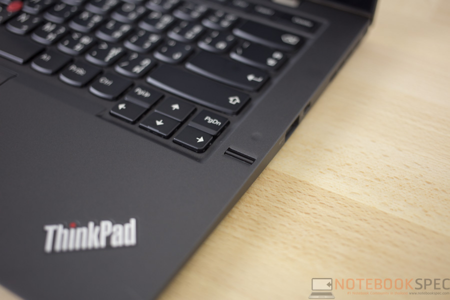 Lenovo ThinkPad X1 Carbon 2015 Review-13