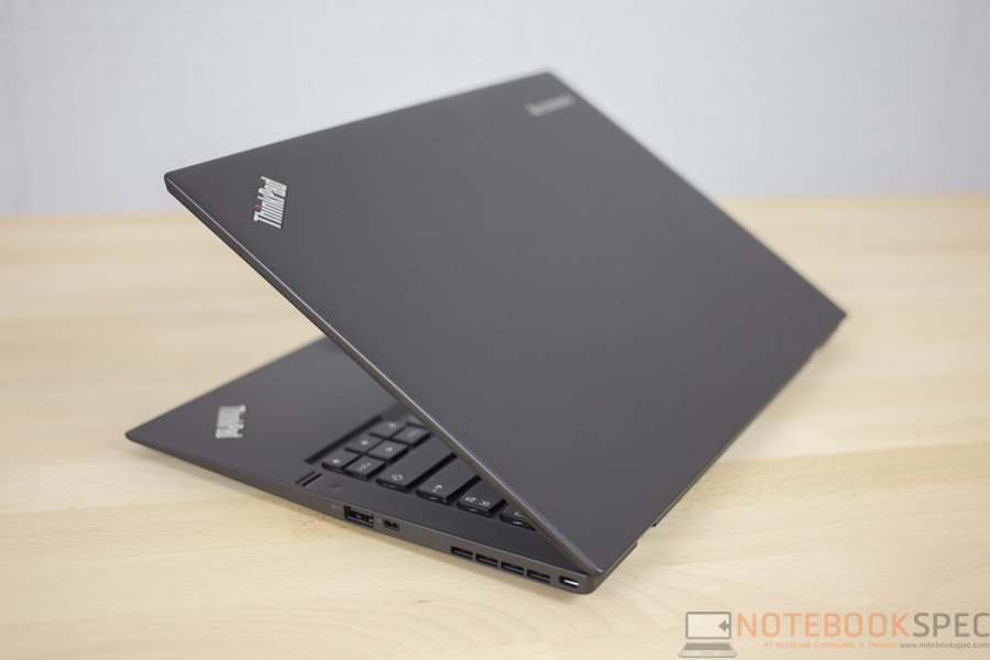 Lenovo ThinkPad X1 Carbon 2015 Review-20