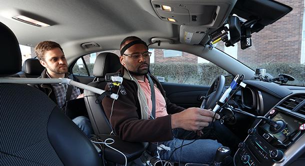 New-Hands-free-Technologies-Pose-Hidden-Dangers-for-Drivers 600
