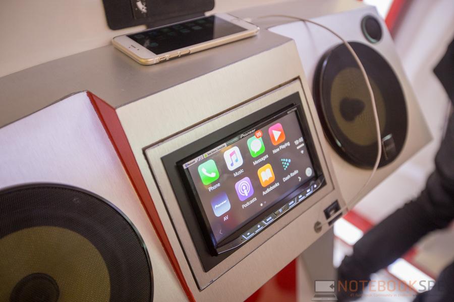 Pioneer Launch Apple Car Play 2015-22