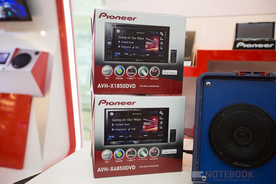 Pioneer Launch Apple Car Play 2015-5