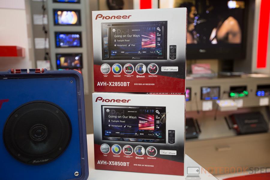 Pioneer Launch Apple Car Play 2015-6