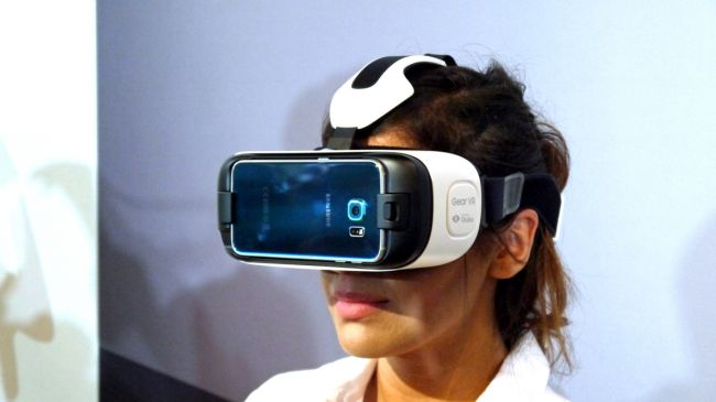 Samsung new Gear VR 600 02