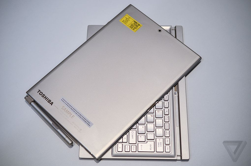 Toshiba DynaPad 600 08