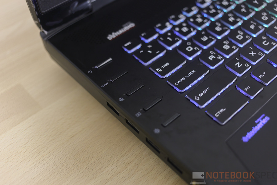 MSI GT72S Gaming Notebook Review-26