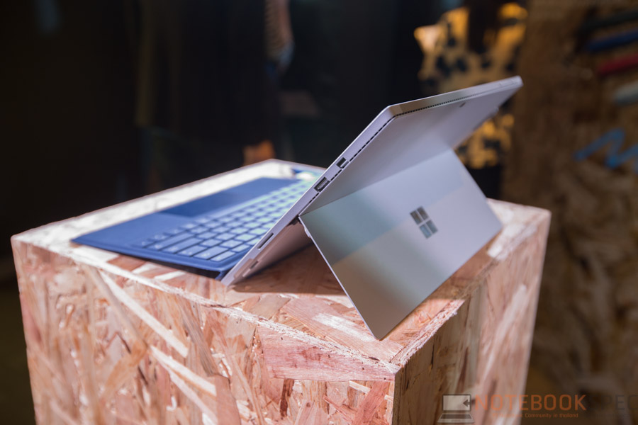 Microsoft Surface Pro 4 Preview NBS-36