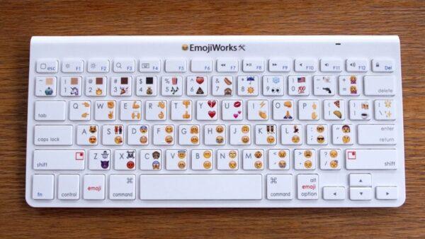 emojikeyboard 600 01