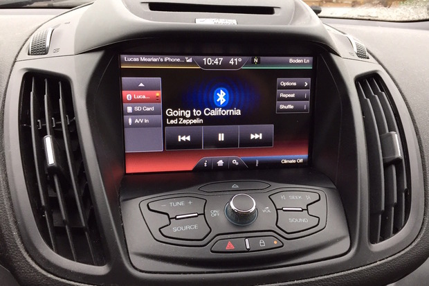 Ford SYNC system to Apple Siri 600