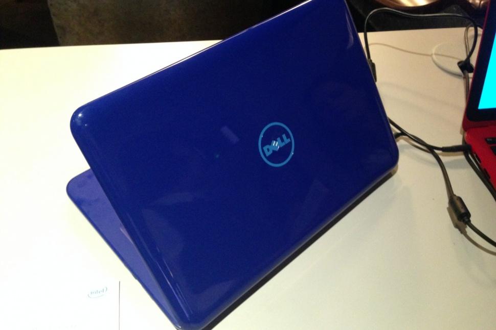 Dell Inspiron 11 3000 600 02