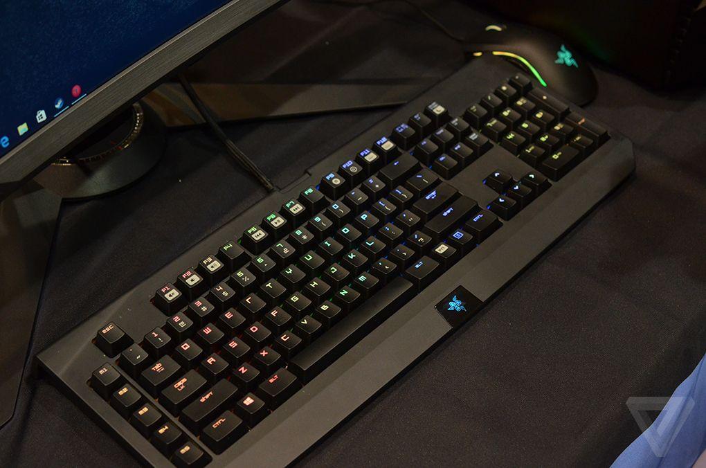 Lenovo Ideacenter Y900 RE (Razer Edition) 600 02