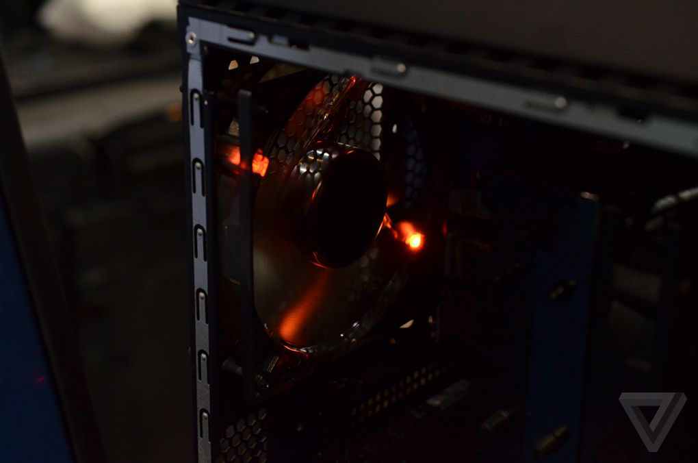 Lenovo Ideacenter Y900 RE (Razer Edition) 600 07